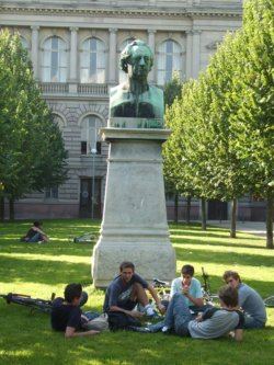 Johann-Wolfgang-von-Goethe Denkmal in Strassburg/Strasbourg im Elsass